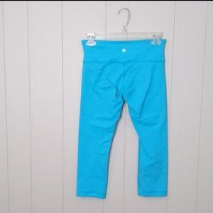 Lululemon Blue Cropped Leggings